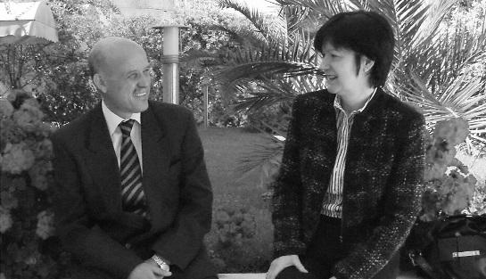 Beszélgetés Dr. Gharbi Abdelaziz sebésszel és feleségével Ibolyával Tuniszban